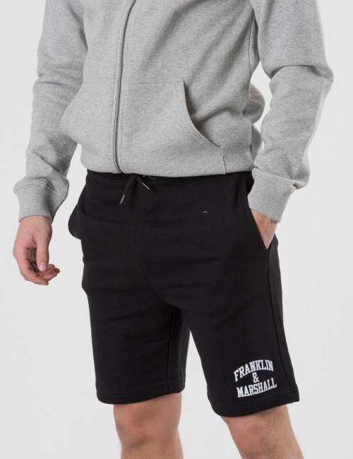 Marshall Franklin & Marshall, Badge Logo Sweat Shorts, Musta, Shortsit till Pojat, 8-9 vuotta