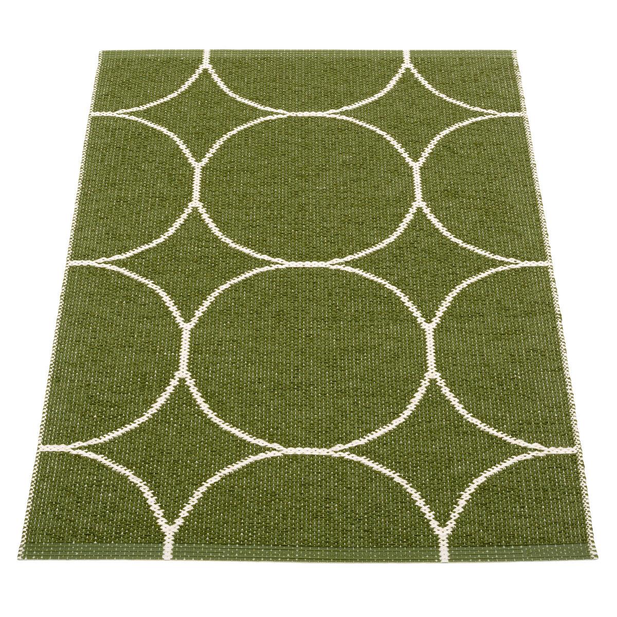 Pappelina Boo matto 70 x 100 cm, tumma oliivi - vanilja