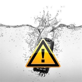 Motorola Milestone Vesivahinkojen Korjaus