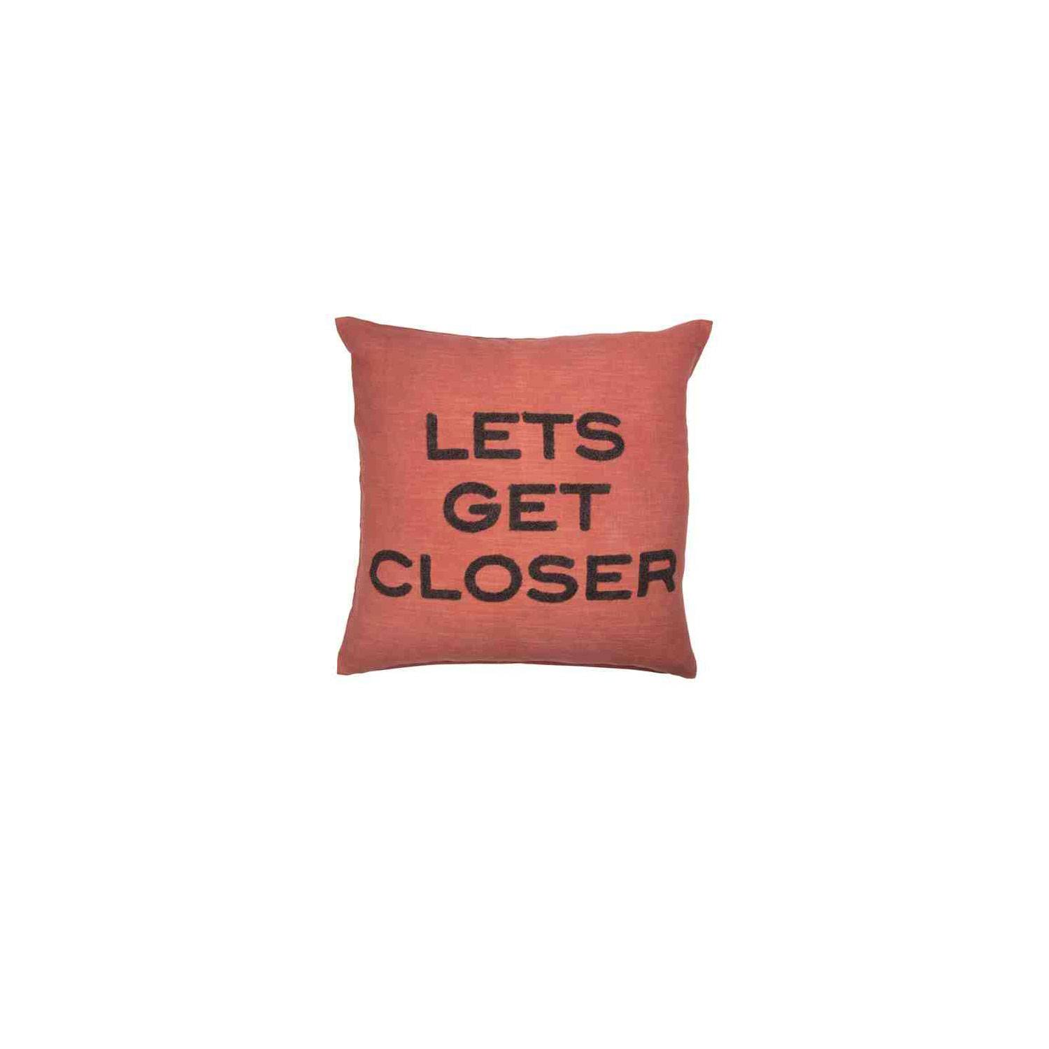 Day Home Day Lets Get Closer Cushion Cover 50x50 cm, Kiss