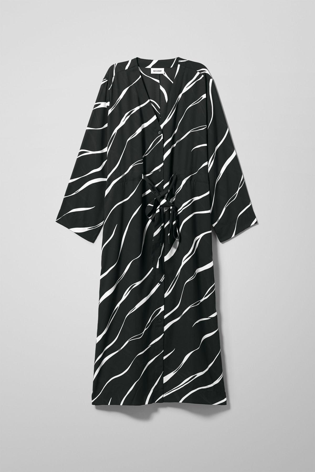Image of Chalk Long Sleeve Dress - Black-XS