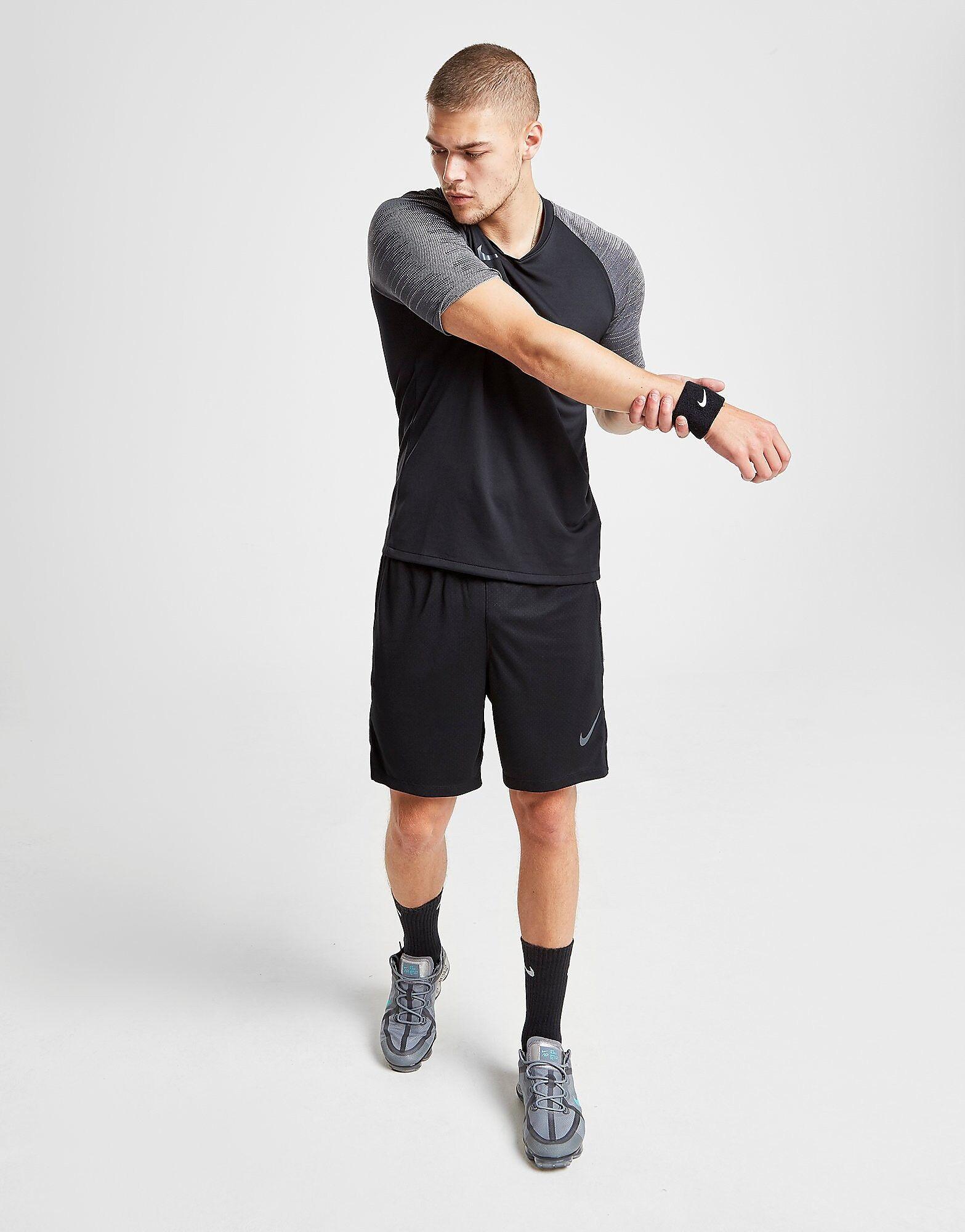 Image of Nike Strike Shorts - Mens, Musta