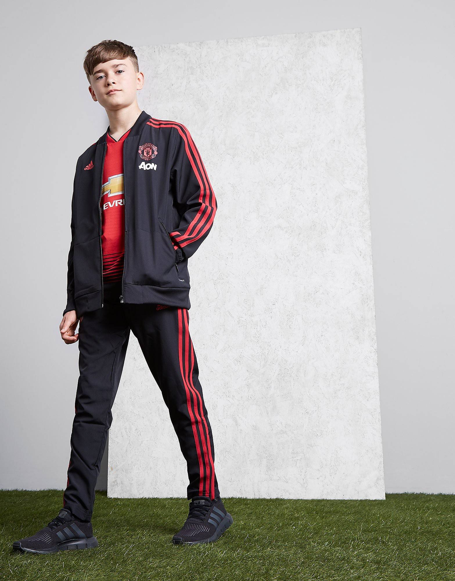Image of Adidas Manchester United FC Woven Pants Junior - Kids, Musta