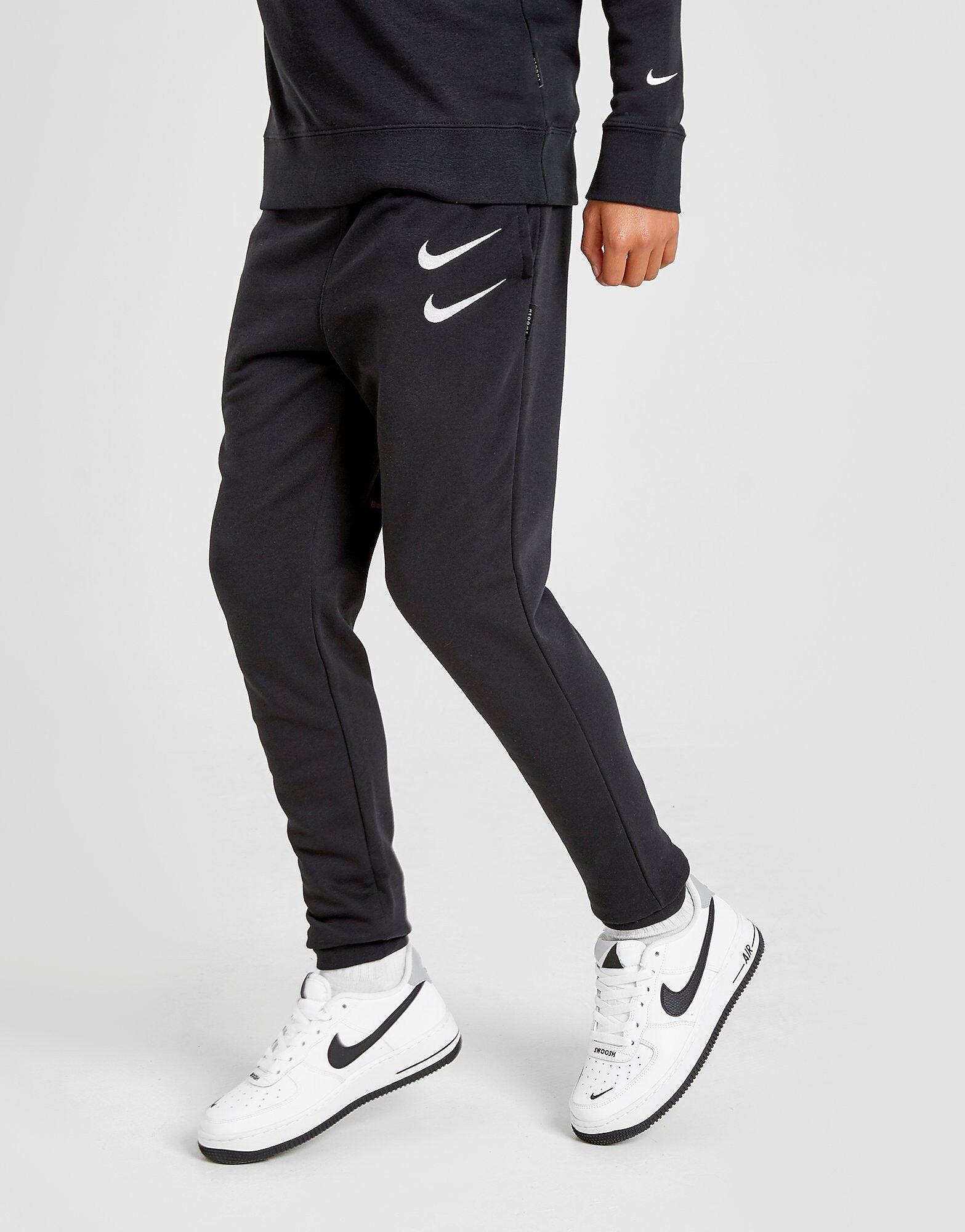 Image of Nike Swoosh Verryttelyhousut Juniorit - Kids, Musta