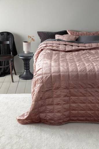 Jotex CYRA päiväpeite kapeaan sänkyyn 180x260 cm  - Roosa