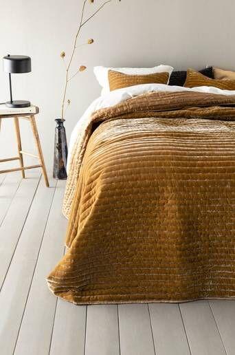 Jotex VICKAN päiväpeite kapeaan sänkyyn, 180x260 cm  - Keltainen