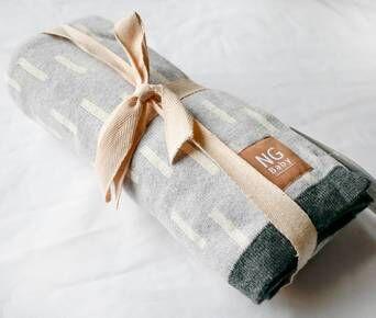 NG Baby Jakardikuosinen Grey Line -torkkupeitto