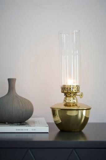 Ellos Alexis kynttilälyhty, korkeus 27 cm  - Messinginvärinen