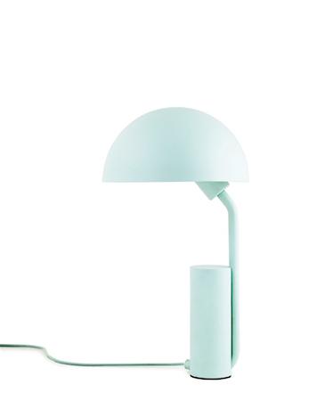 Normann Copenhagen Pöytälamppu vaaleansininen