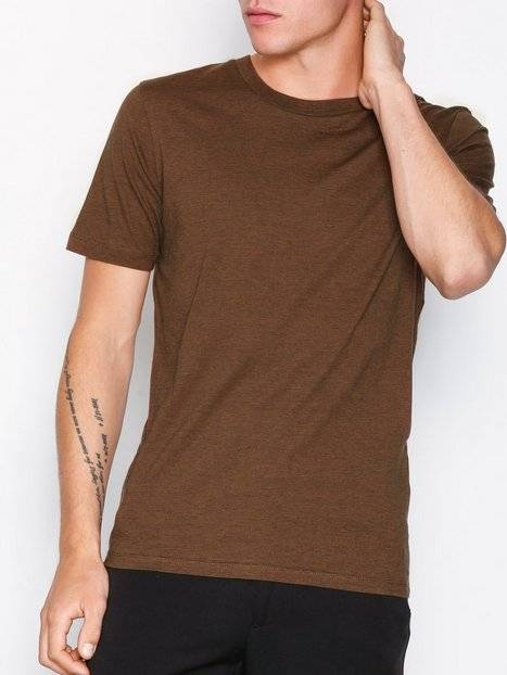 Image of Selected Homme Slhtheperfect Mel Ss O-Neck Tee B N T-paidat ja topit Ruskea