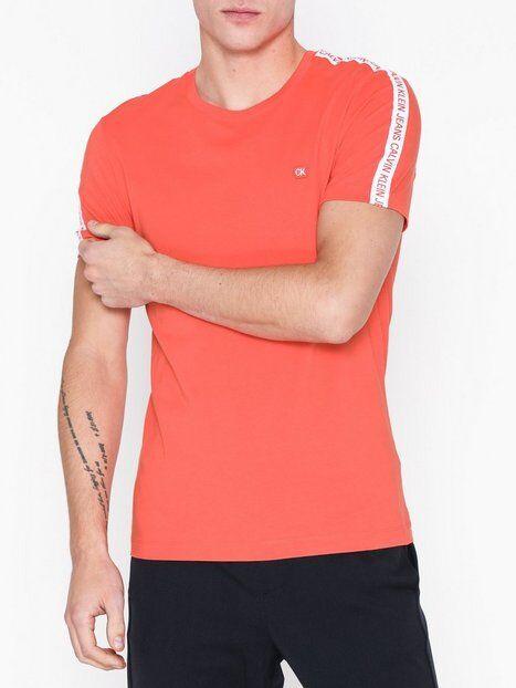 Image of Calvin Klein Jeans Sleeves Logo Instit Tape Ss T-paidat ja topit Koralli