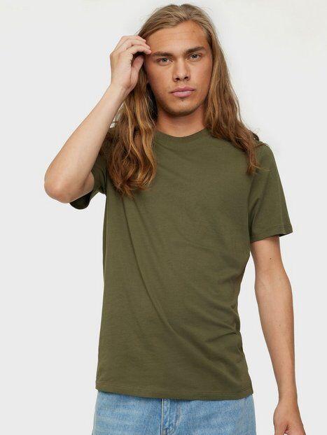 Image of Jack & Jones Jjeorganic Basic Tee Ss O-Neck Noos T-paidat ja topit Tummanvihreä