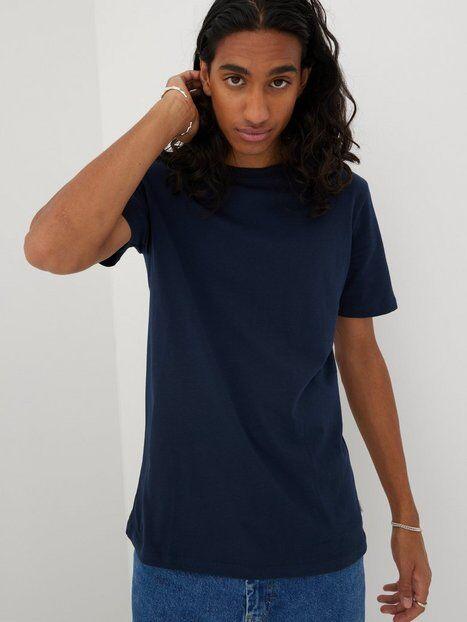 Image of Jack & Jones Jjeorganic Basic Tee Ss O-Neck Noos T-paidat ja topit Tummansininen