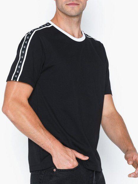 Image of Calvin Klein Jeans Monogram Tape Reg Ss Tee T-paidat ja topit Musta