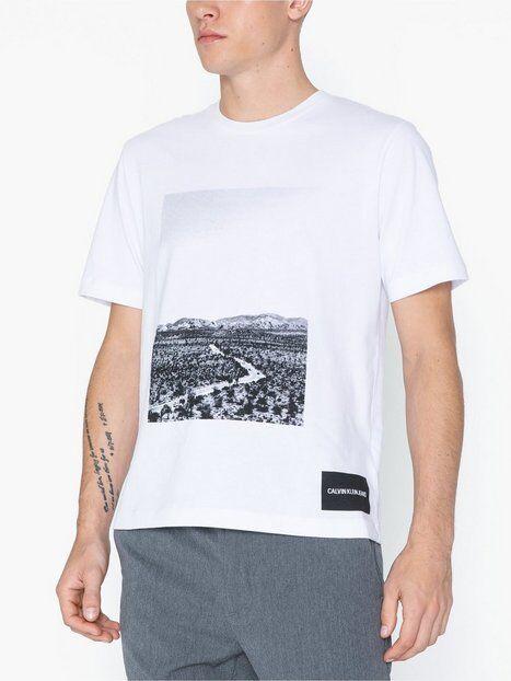 Image of Calvin Klein Jeans Photographic Road Regular S/S T-paidat ja topit Valkoinen