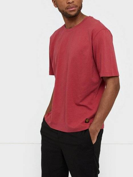 Tiger Of Sweden Jeans Pro Bas T-paidat ja topit Punainen