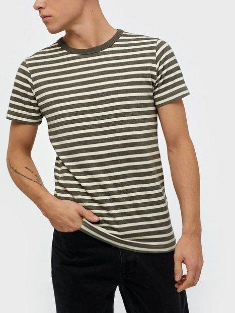 Image of Selected Homme Slhbjorn Stripe Ss O-Neck Tee W T-paidat ja topit Beetle