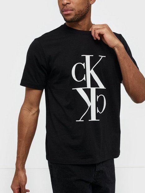 Image of Calvin Klein Jeans Mirrored Monogram Reg Tee T-paidat ja topit Musta