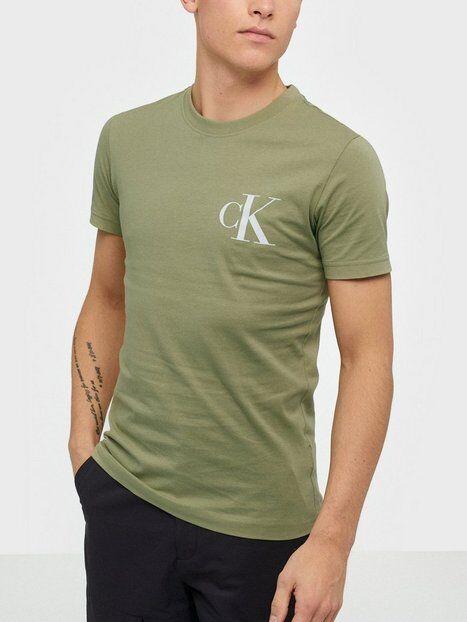 Image of Calvin Klein Jeans Instit Back Pop Logo Slim Tee T-paidat ja topit Green