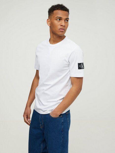 Image of Calvin Klein Jeans Monogram Sleeve Badge Reg Tee T-paidat ja topit White