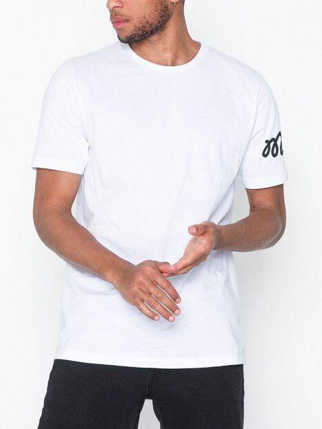 Mouli Nestor Tee T-paidat ja topit Valkoinen