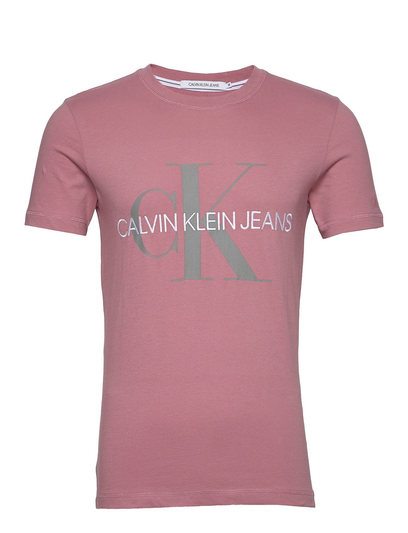 Image of Calvin Vegetable Dye Monogram Slim Tee T-shirts Short-sleeved Vaaleanpunainen Calvin Klein Jeans