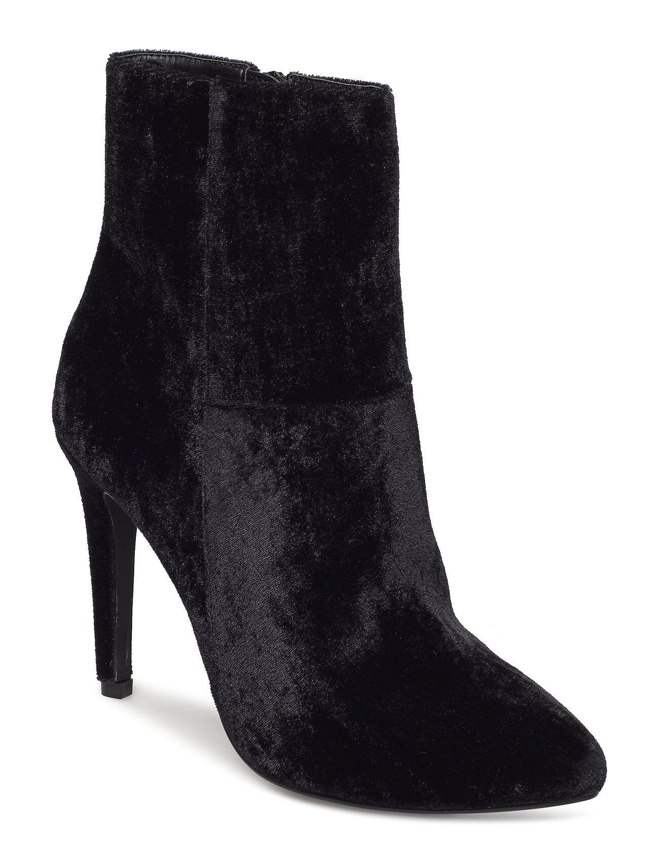 Bianco Classic Stiletto Boot