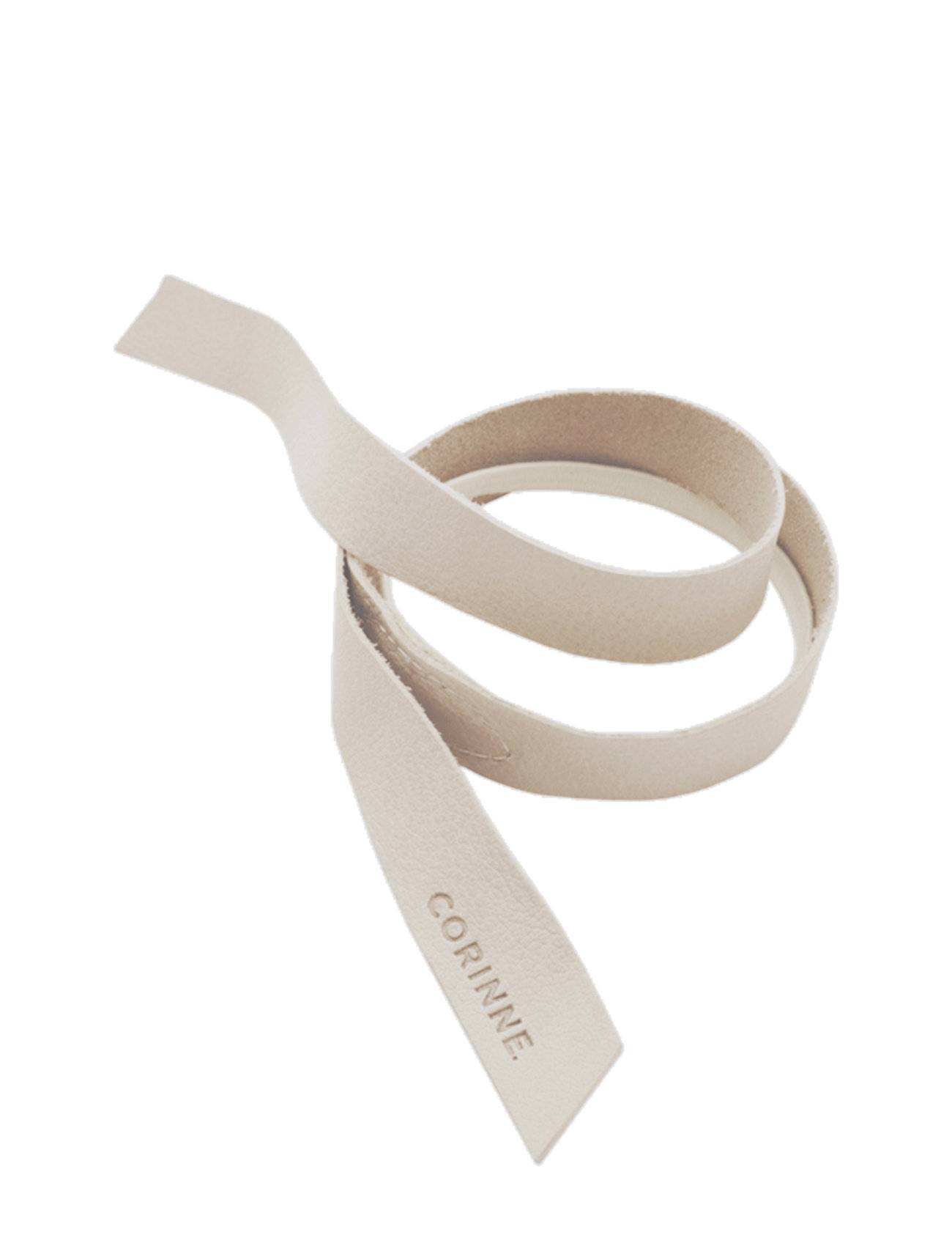 Image of Corinne Leather Band Short Layer Accessories Hair Hair Accessories Beige Corinne