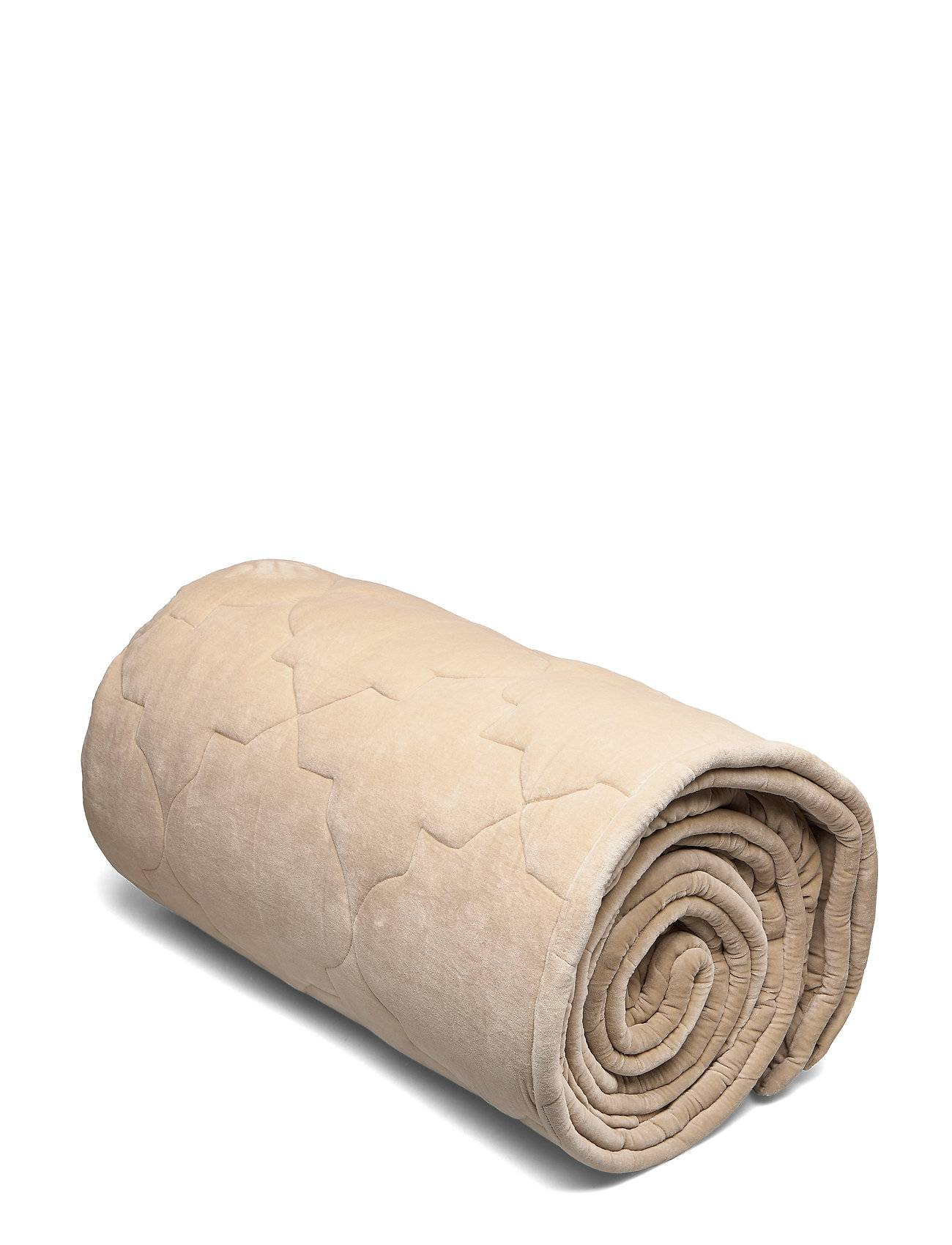 DAY Home Day Classic Velvet Quilt Concrete Viltti Huopa Beige DAY Home