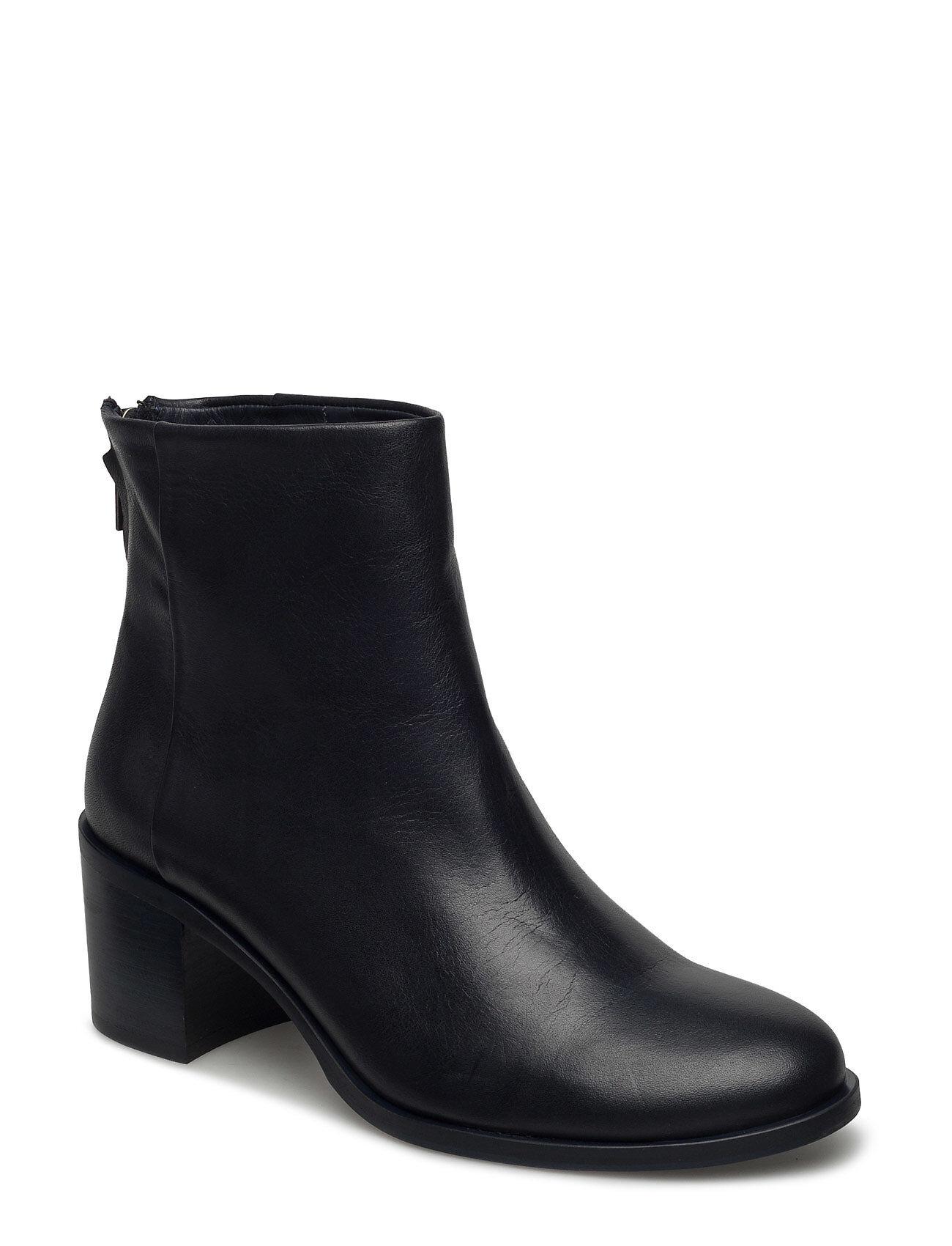 Filippa K Nicky Zip Boot