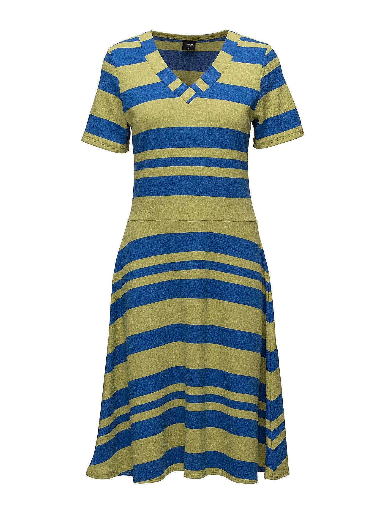 Nanso Ladies Dress, Palkki