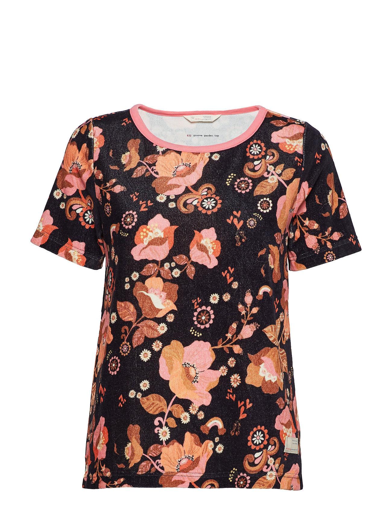 Image of ODD MOLLY Groove Garden Top T-shirts & Tops Short-sleeved Musta ODD MOLLY