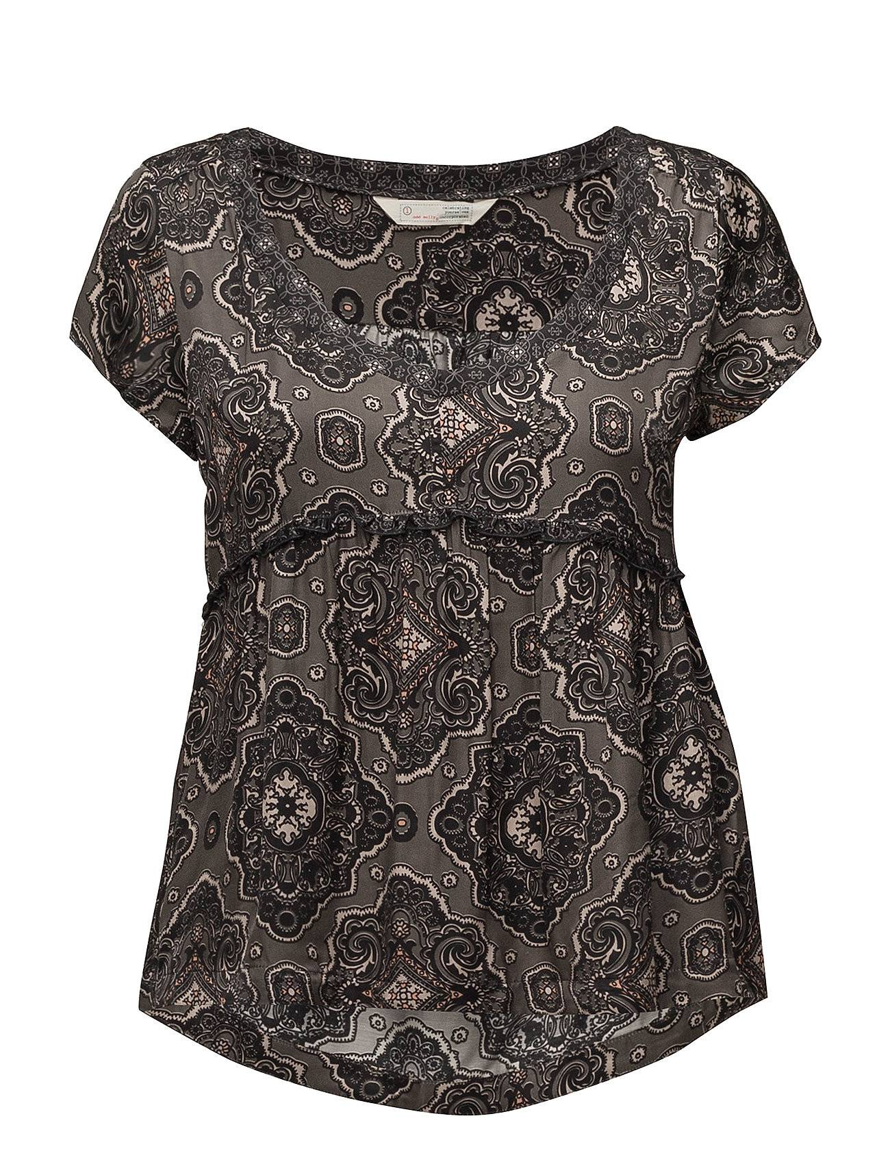 Image of ODD MOLLY Free Floating S/S Blouse T-shirts & Tops Short-sleeved Musta ODD MOLLY