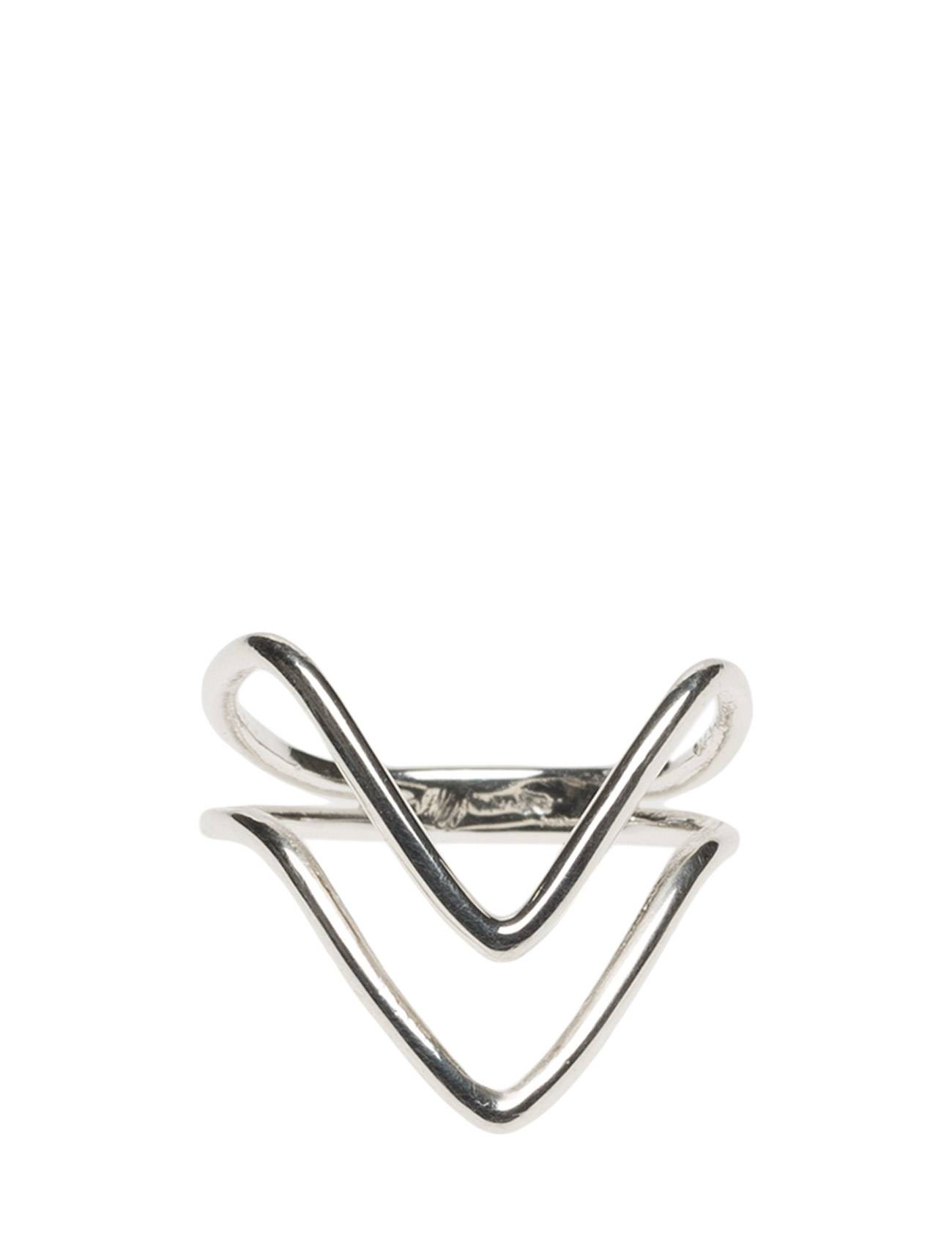 Syster P Tiny Arrow Fingertip Ring Silver