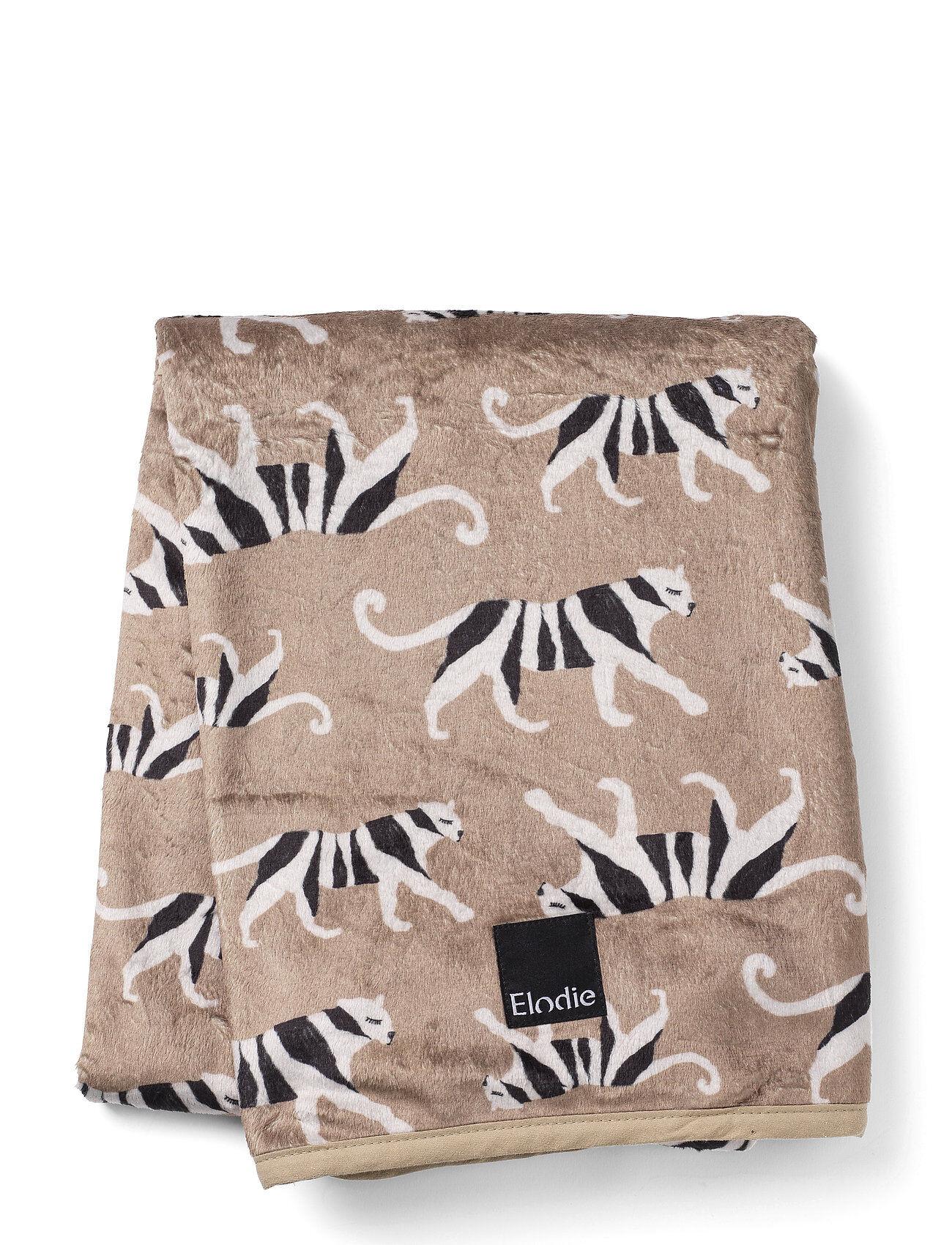 Elodie Details Pearl Velvet Blanket - White Tiger Warm Sand Home Sleep Time Blankets & Quilts Beige Elodie Details