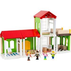 BRIO My Home Town  33941 Village Family House