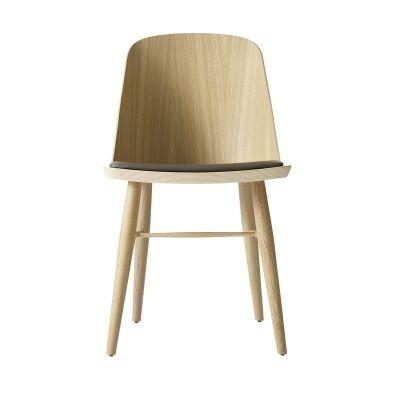 Menu Synnes tuoli, vaalea tammi/harmaaruskea nahka