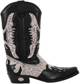 Kentucky`s Western Bootsit Kentucky`s Western 7261-024