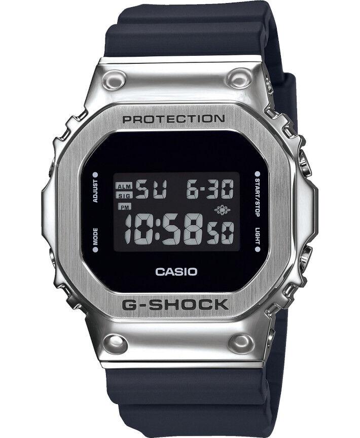 Casio G-SHOCK GM-5600-1ER New Metal