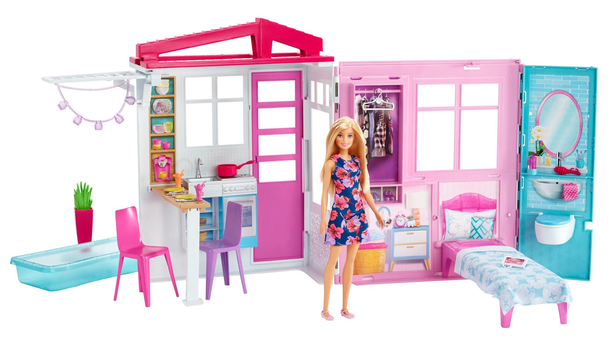 Barbie talo ja nukke