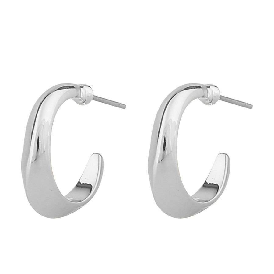 Snö of Sweden Hyde Small Oval Earring – Plain Silver