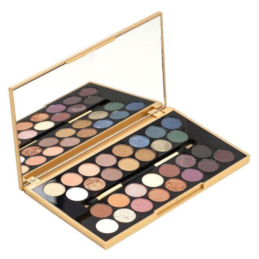 Makeup Revolution Fortune Favours The Brave 30 Eyeshadow Palette 16 g