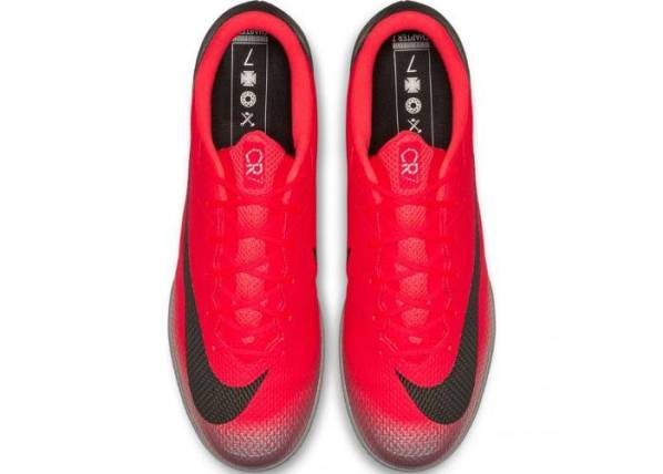 Image of Nike Miesten jalkapallokengät Nike Mercurial Vapor X 12 Academy CR7 IC M