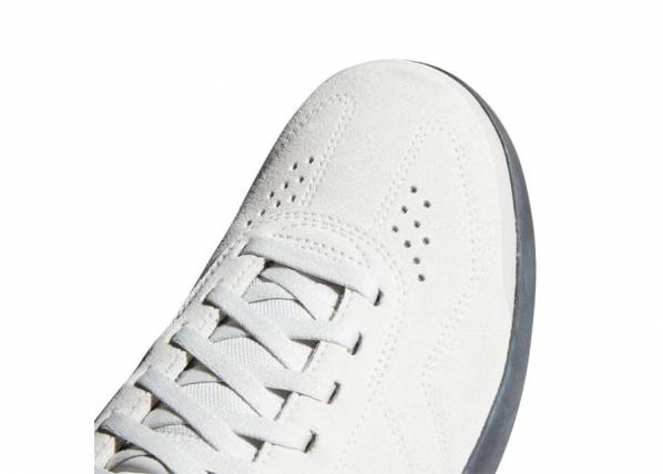 Image of Adidas Miesten vapaa-ajan kengät Adidas Sleuth DLX M BC0661