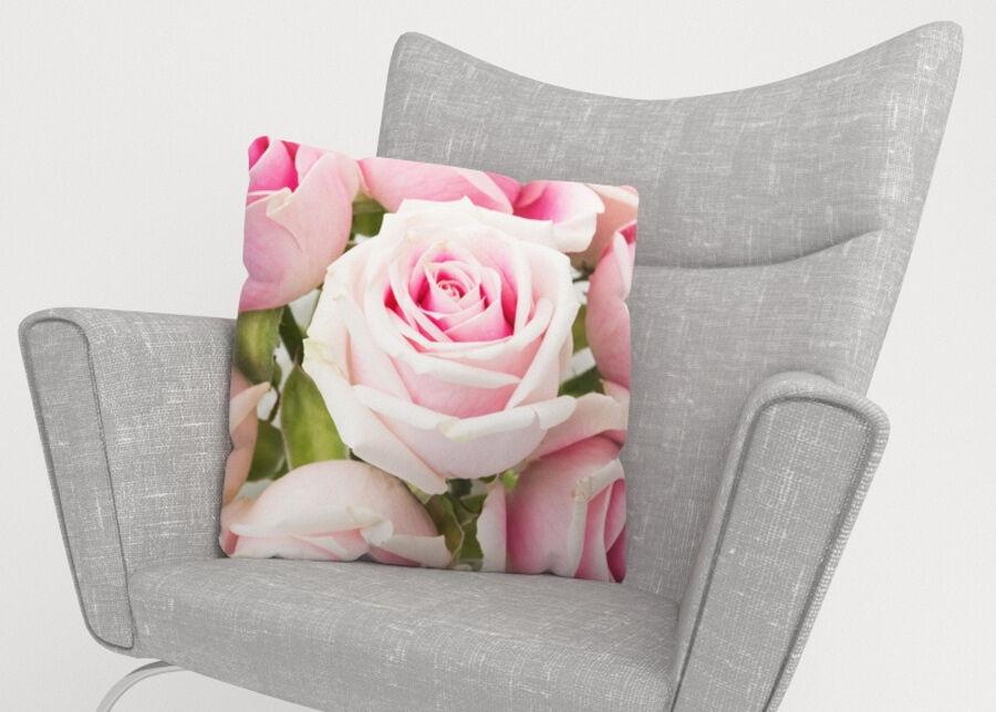 Image of Koristetyynyliina Royal Roses 45x45 cm
