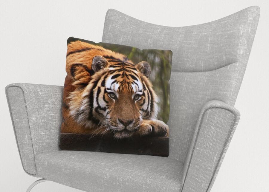 Image of Koristetyynyliina Wisdom of Tiger 45x45 cm
