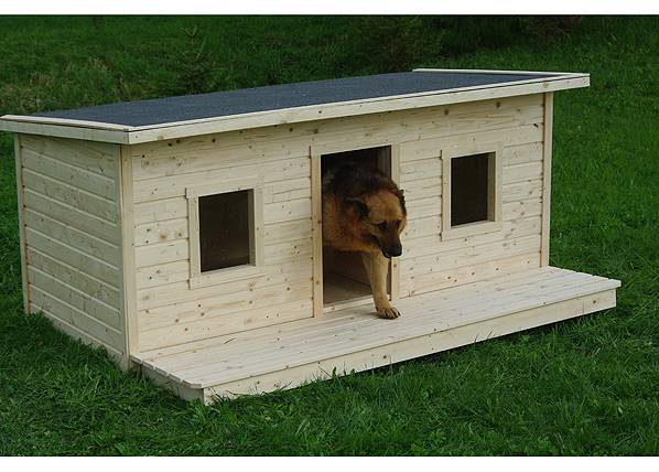 Koerakuut Lämpöeristetty koirankoppi terassilla CHARLY 2-le koiralle