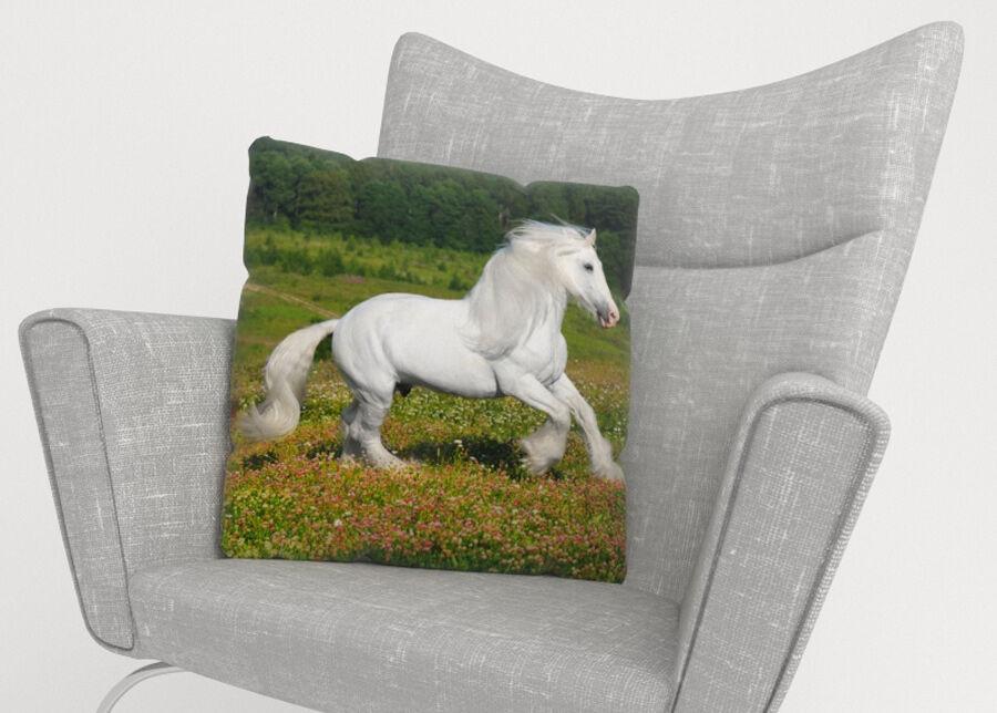 Image of Koristetyynyliina White Horse 45x45 cm