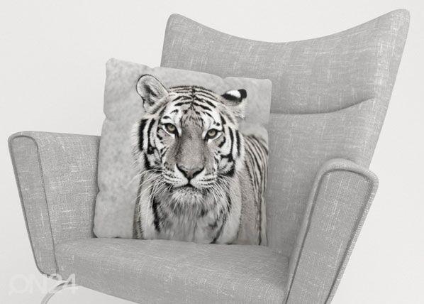 Image of Wellmira Koristetyynyliina BEAUTIFUL TIGER 40x60 cm