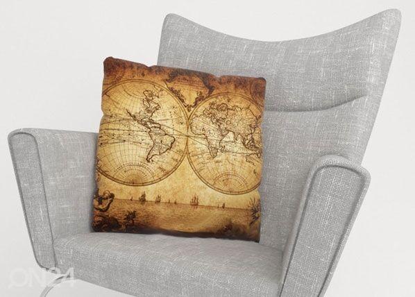 Image of Wellmira Koristetyynyliina OLD MAP 40x60 cm